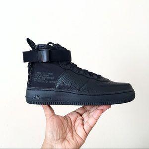 Nike SF AF1 Mid Black